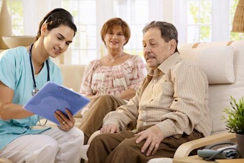 Assistenza anziani con badanti